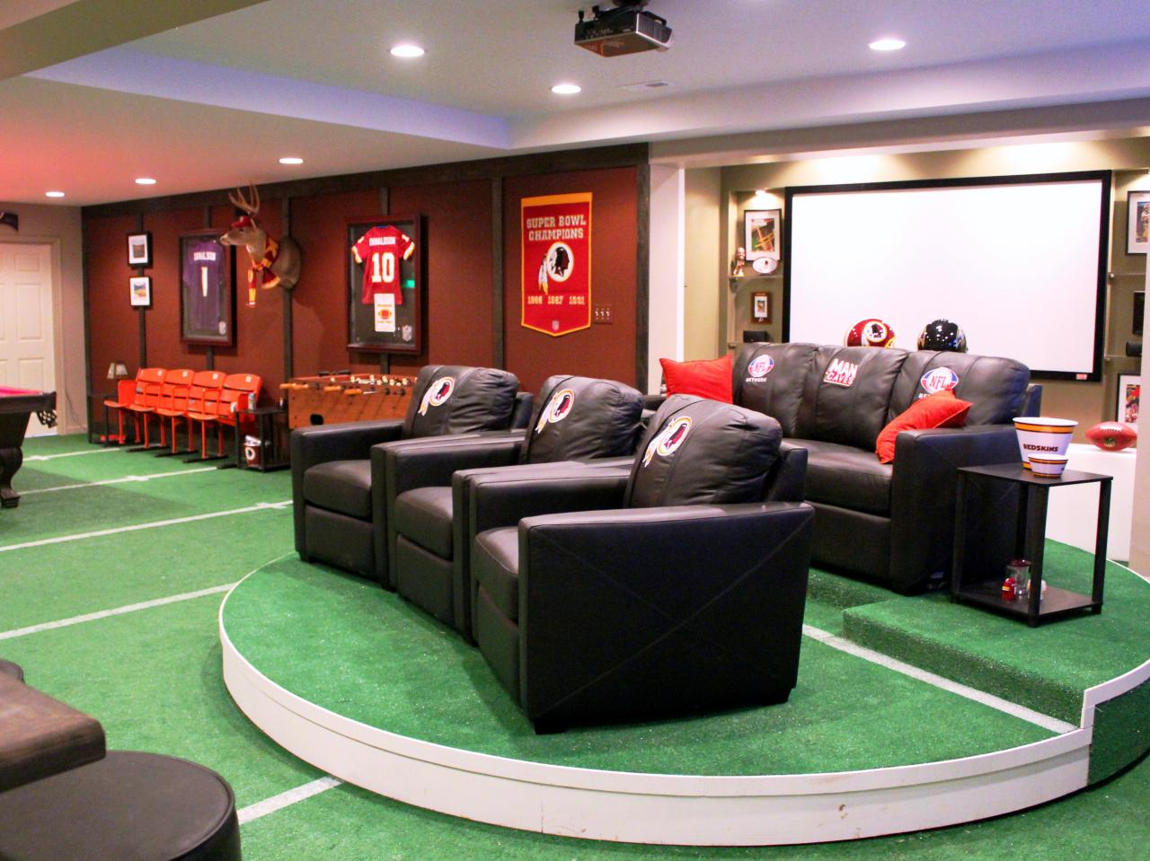Ultimate Fan Game Room