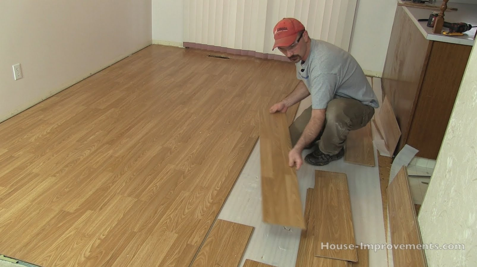 How to remove laminate flooring december 2019 toolversed - Laminate or wood flooring ...
