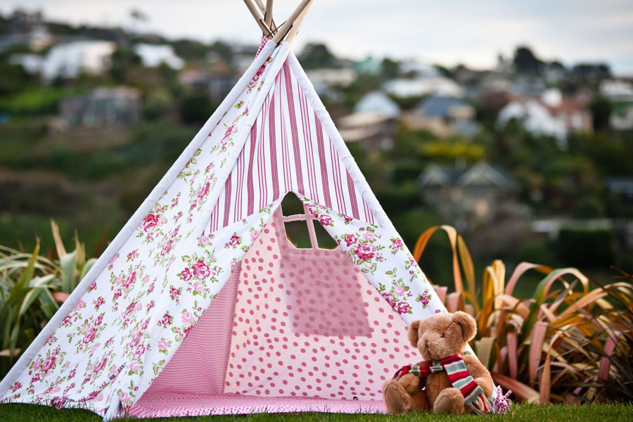 8 Steps to Making a Kid's Teepee Tent