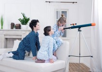 5 Essential Things to Look for In a Kid's Telescope